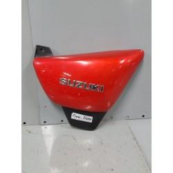 cache latéral droit Suzuki 125 Marauder