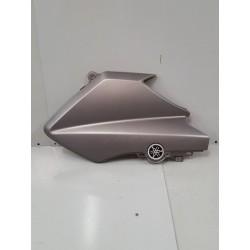 flanc supérieur droit Yamaha 125 Xmax 2014 – 2017