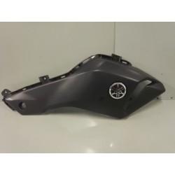 Écope droite réservoir Yamaha MT07